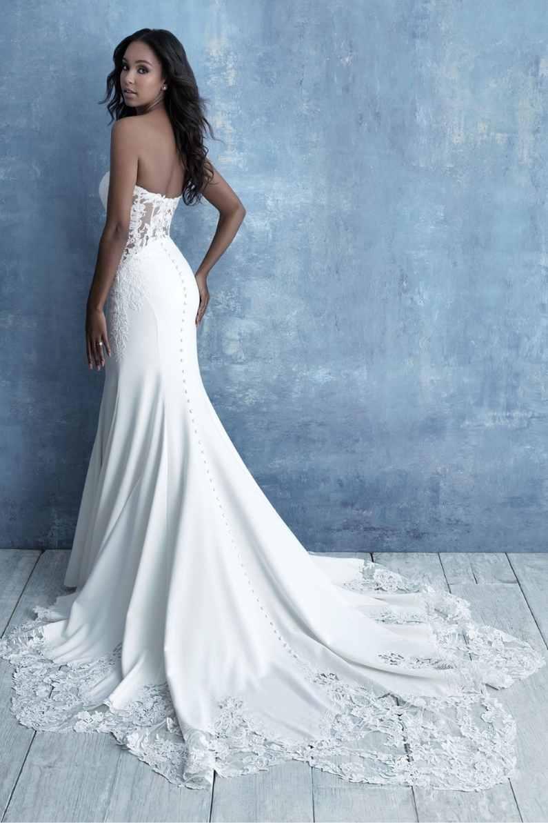 Bride-by-a-robin-blue-wall